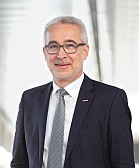 Mitarbeiter Mag. Josef Schachner-Nedherer, MBA