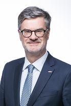 Mitarbeiter Dr. Manfred Zöchbauer