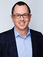Mitarbeiter Peter Sidon