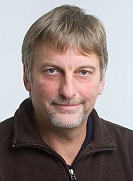Mitarbeiter Walter Genger